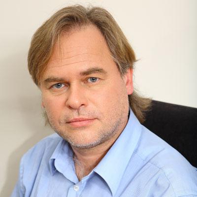 http://i.crn.com/executives/kaspersky_eugene_kaspersky40.jpg