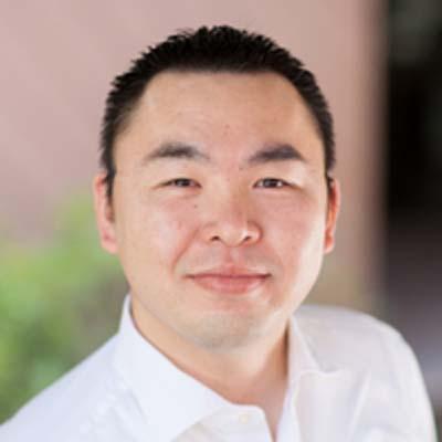 https://i.crn.com/executives/yoshikawa_hiro_treasure_data400.jpg