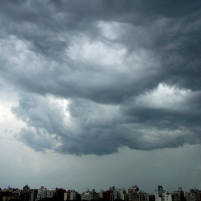 http://i.crn.com/images/stormclouds400.jpg